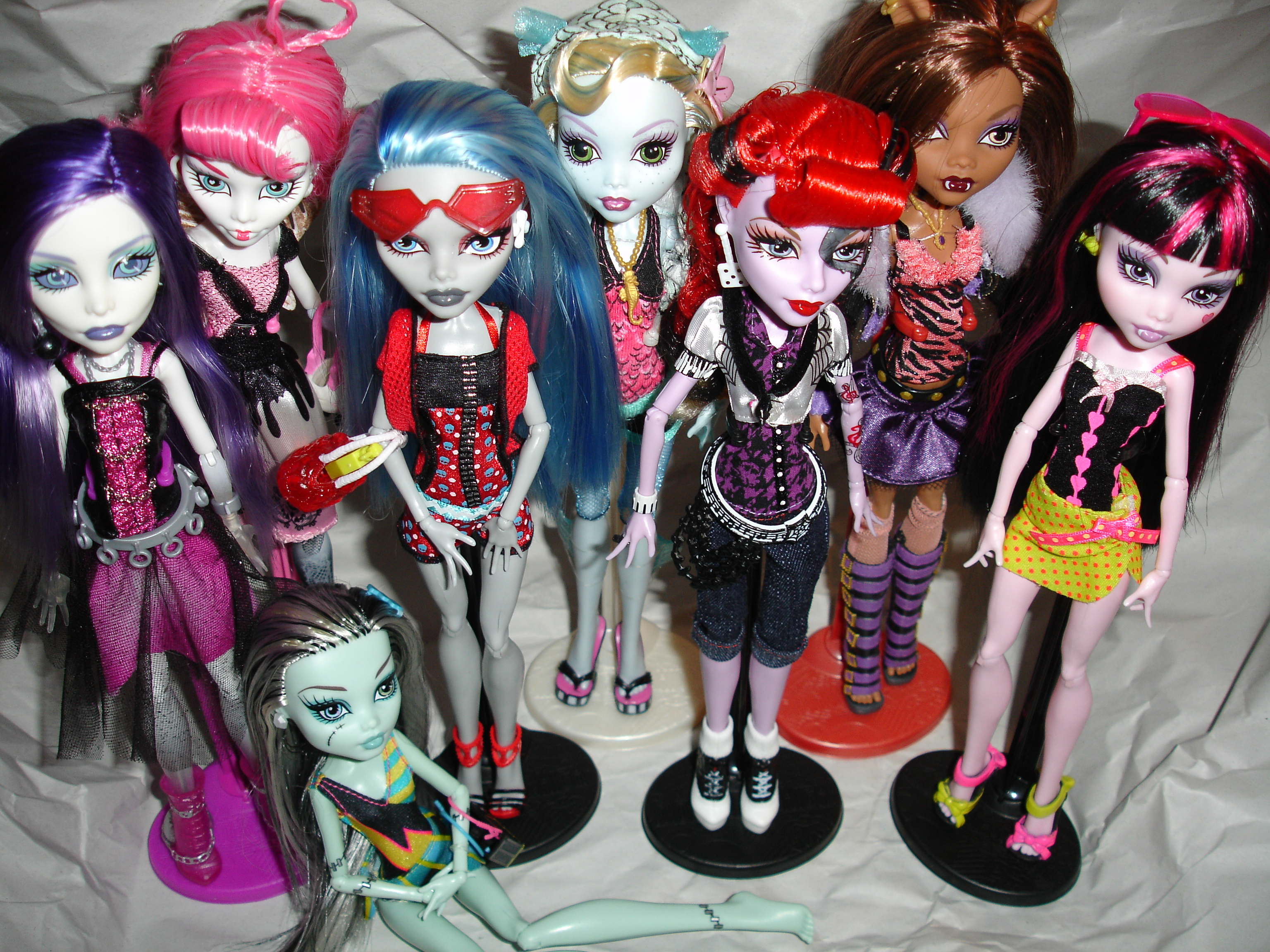Uncategorized Monster Dolls why is monster high so cool do you like this too they