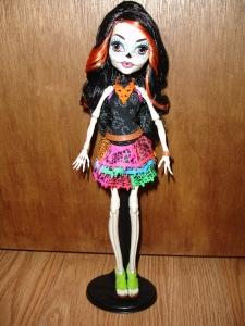 doyoulikethistoo wordpress com Skelita Calaveras review