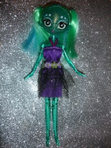 doyoulikethistoo wordpress com Fakie Stars Dolls bluish green